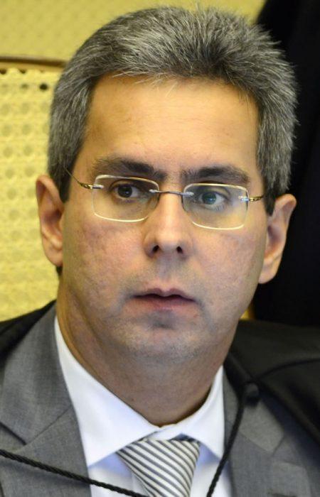 Participante Ministro Luiz Alberto Gurgel de Faria